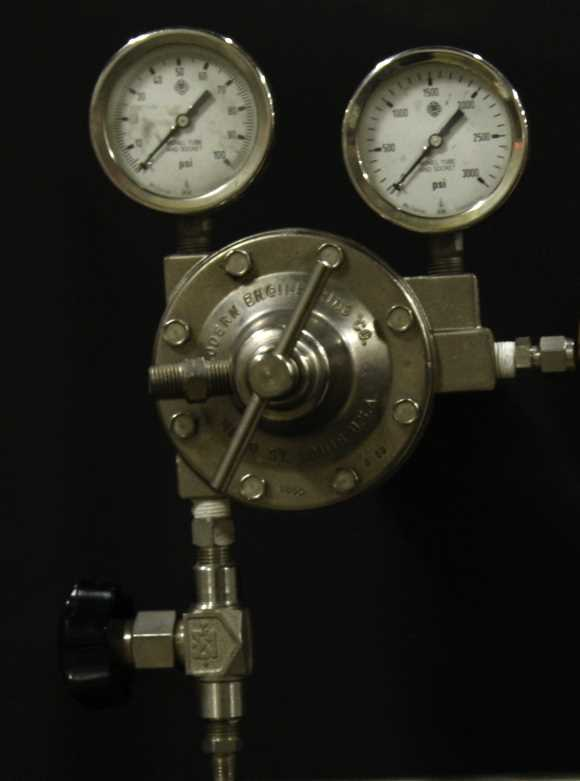 Modern Engineering MECO gas regulator - 1